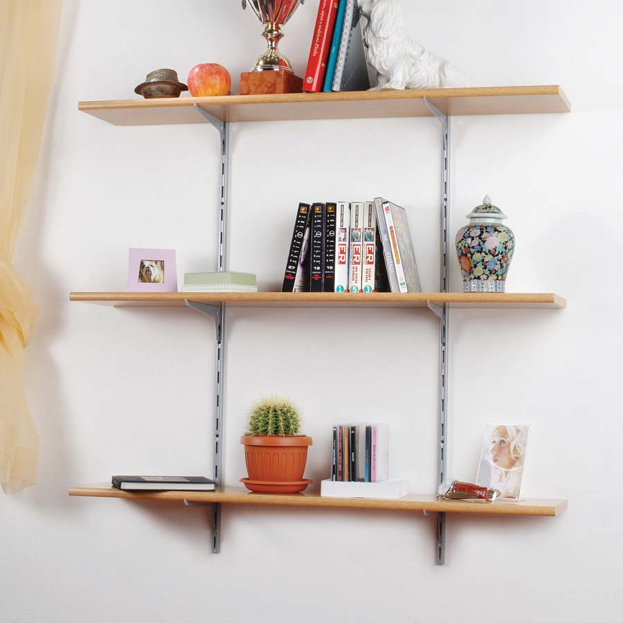 cr maill re simple et tag res. Black Bedroom Furniture Sets. Home Design Ideas